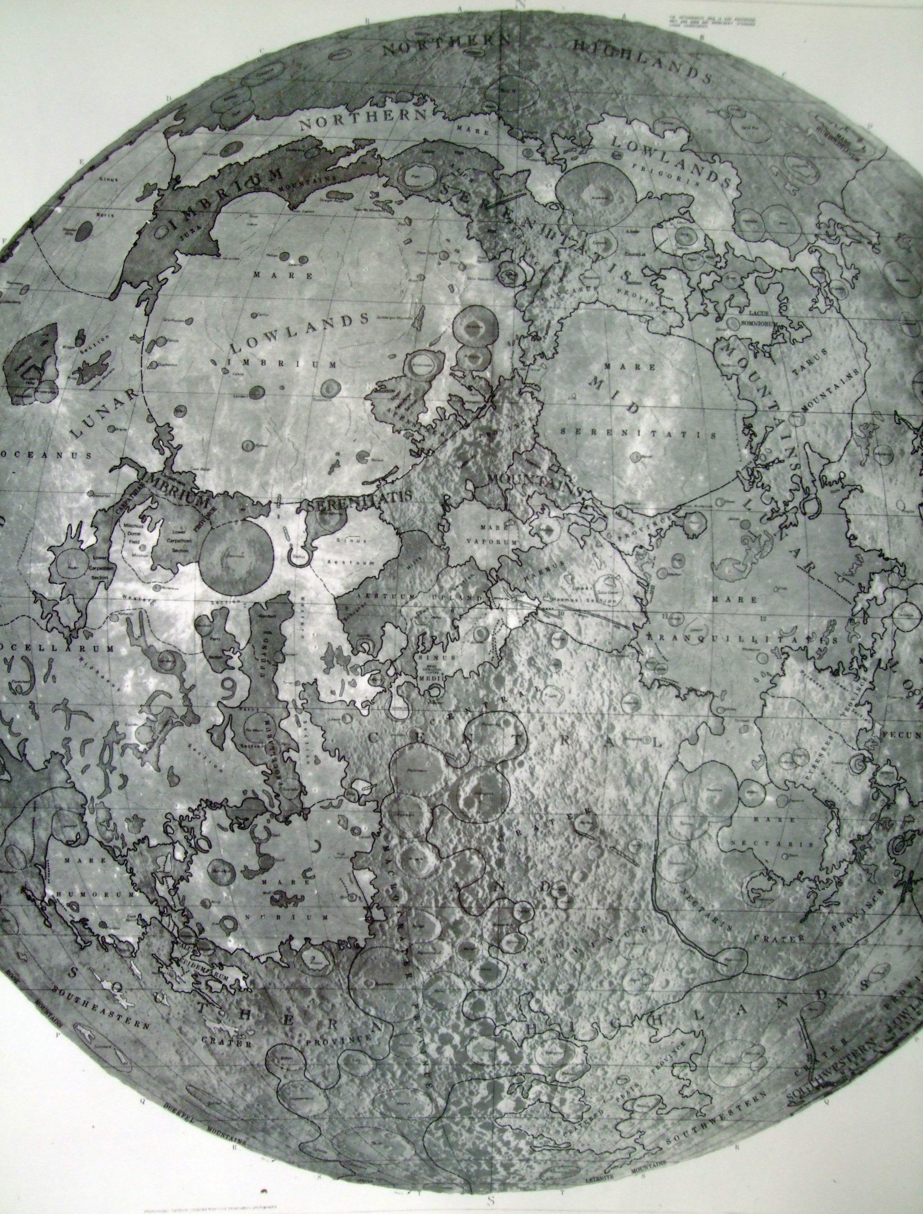 physiographic_map_moon_2