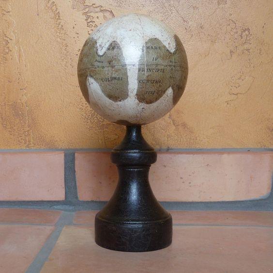 bianchini-globe.jpg