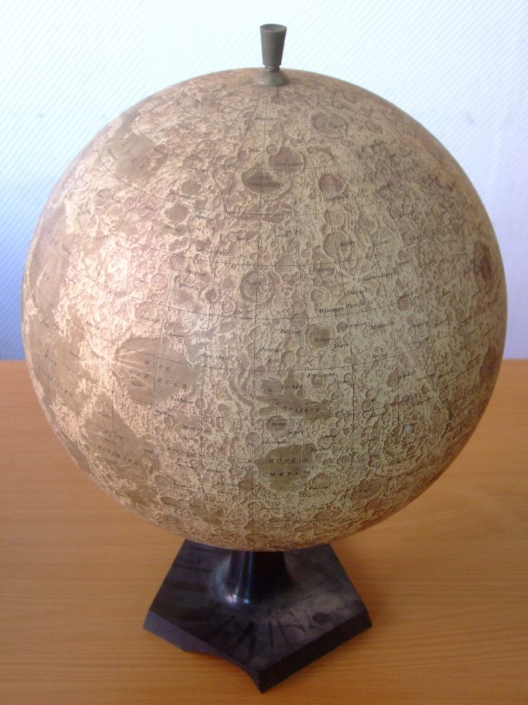 Moon Globe / Globus Luny