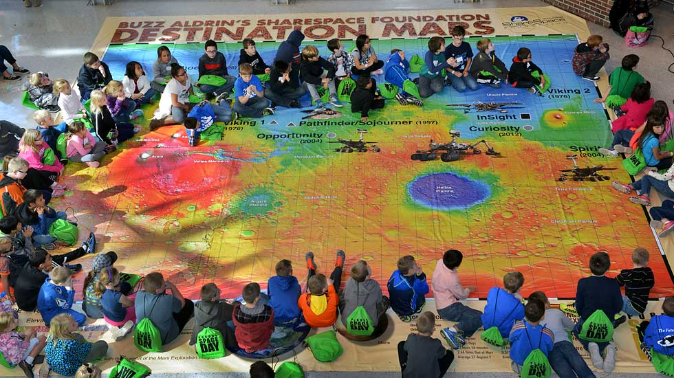 The Giant Destination Mars Map